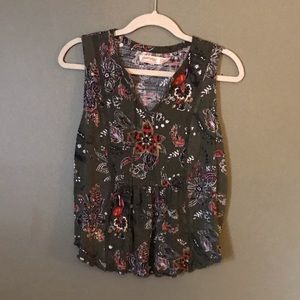 Faded Glory dark green floral top size small